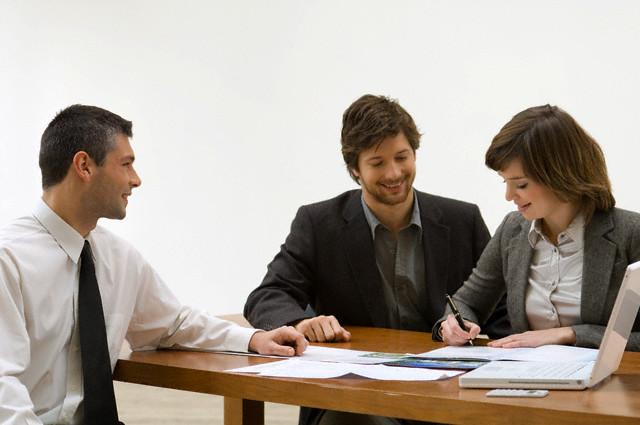 Подписание брачного договора у нотариуса