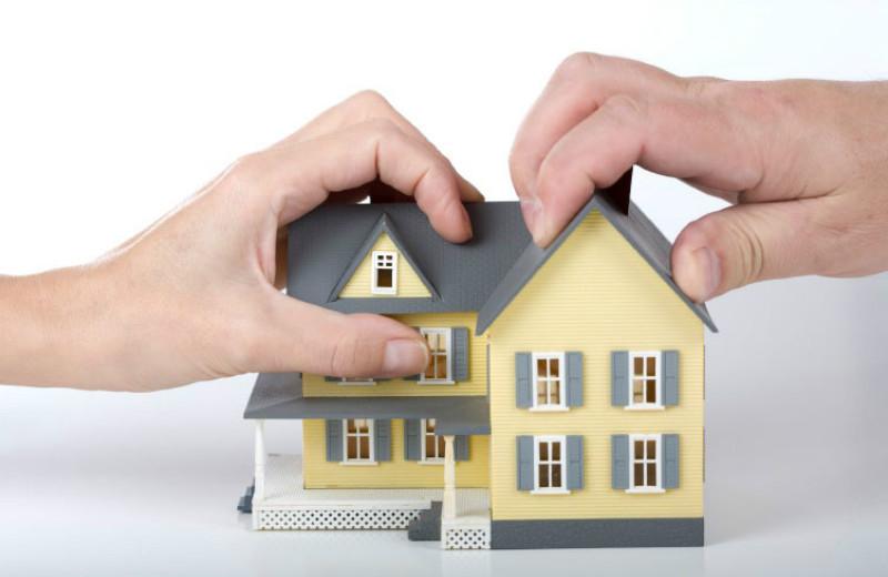 Предположим, раздел квартиры и долгов был уверен