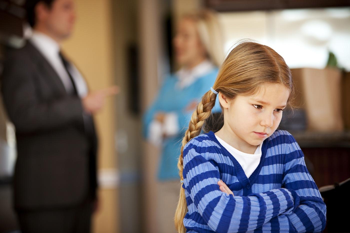 после развода дети с кем остаются дети городе