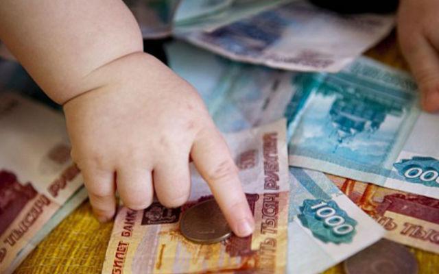 Курянин помимо долга по алиментам в 320 тысяч выплатит неустойку